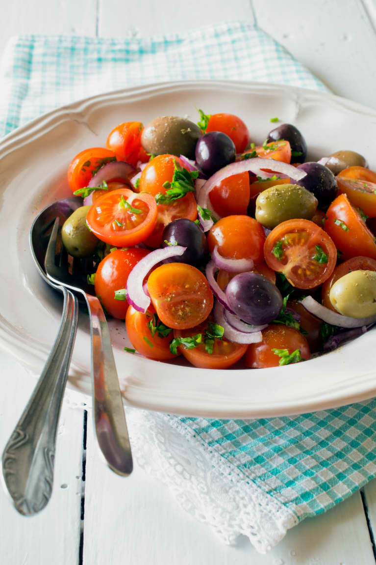 6 Delicious Ways To Eat More Like A Mediterranean