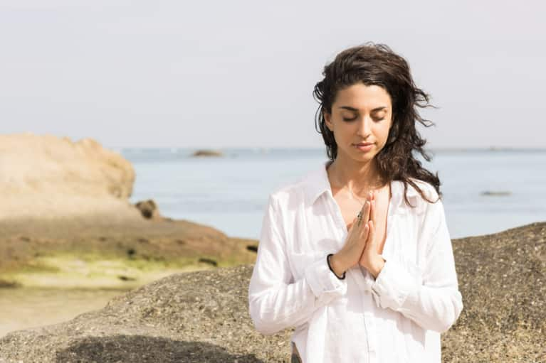 Going Through A Hard Time? Here Are 6 Ways Mindfulness Can Help
