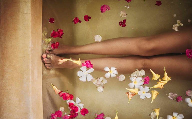 4 Detox Baths To Help Heal Everything