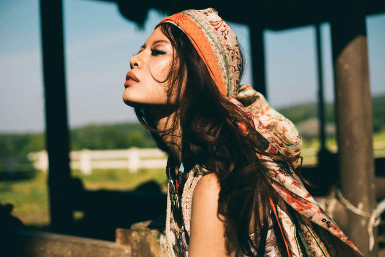 How To Know If You're Ignoring Your Intuition: A Psychic Explains
