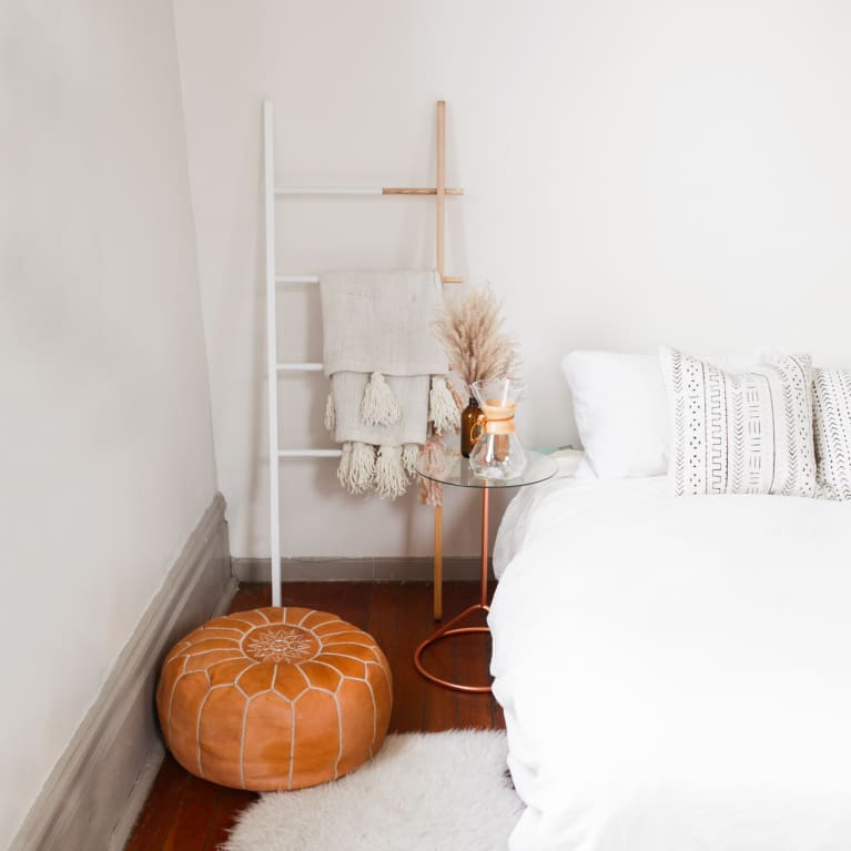 A Feng Shui Expert On When Clutter Is Actually A Good Thing