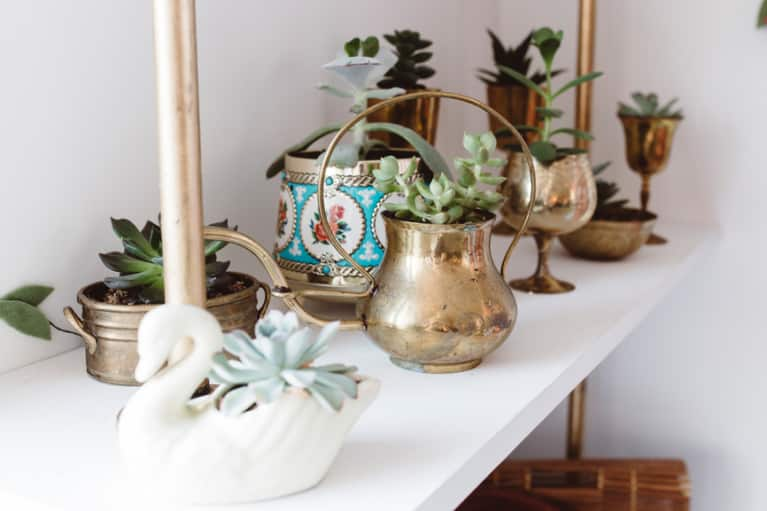 Why Every Highly Sensitive Person Needs An At-Home Altar (And How To Make Your Own)