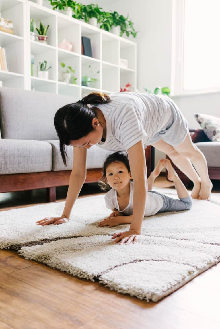 Your Guide To Making Time To Do Yoga When You're A Busy Parent