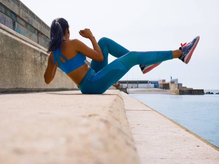 2 Ways To Build A Stronger Core, According To Science