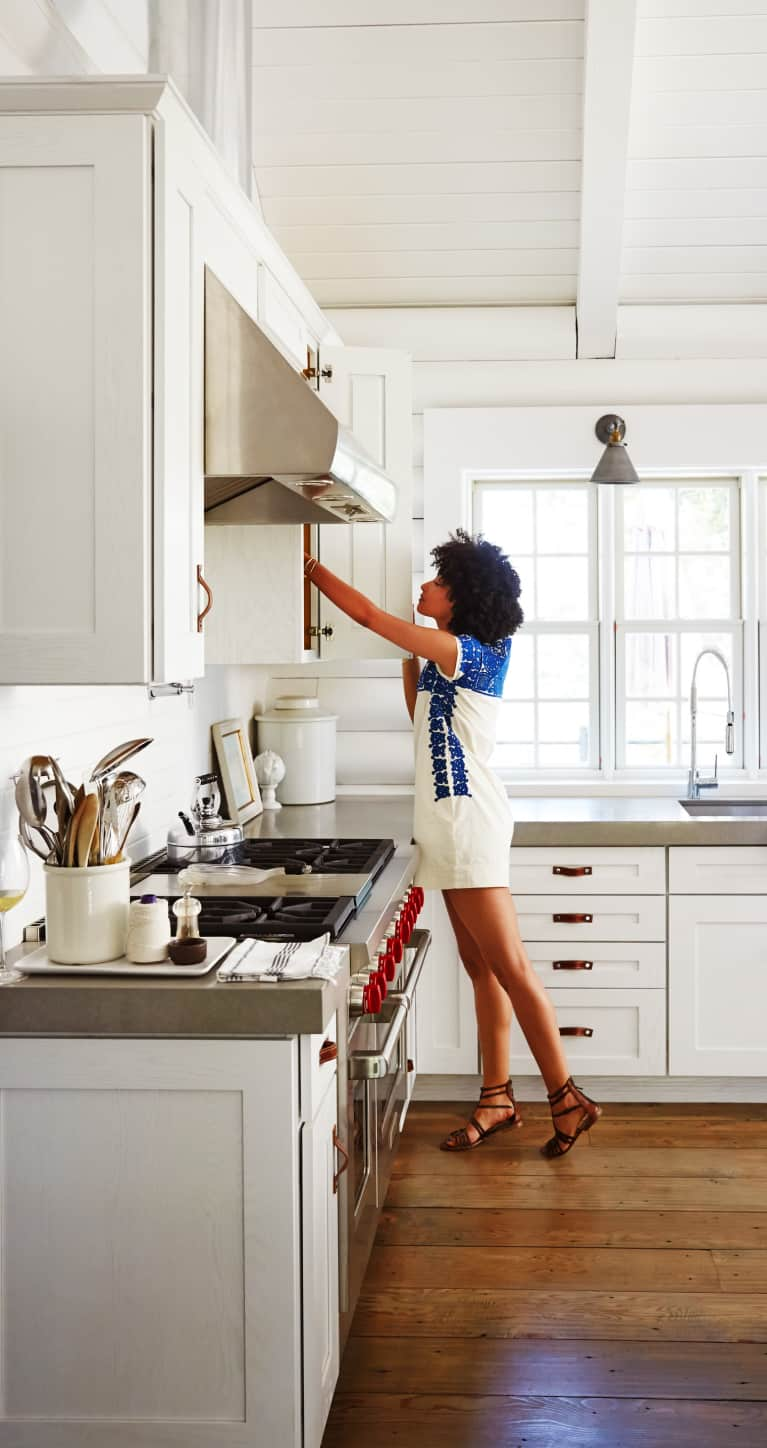 How To Spring Clean Like A Minimalist