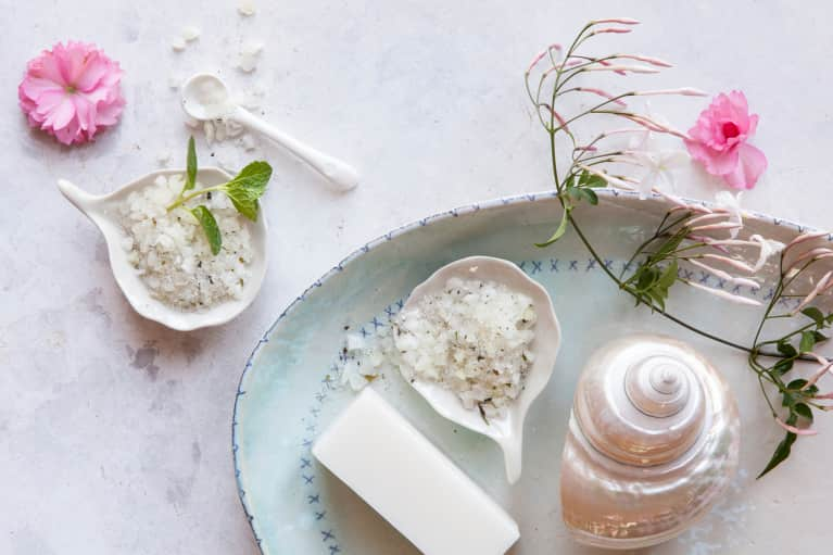 The Best DIY Sugar Scrubs To Prep Your Skin For Winter