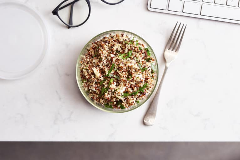 Say Goodbye To The #SadDeskLunch In 2017 With 7 Easy, Make-Ahead Recipes