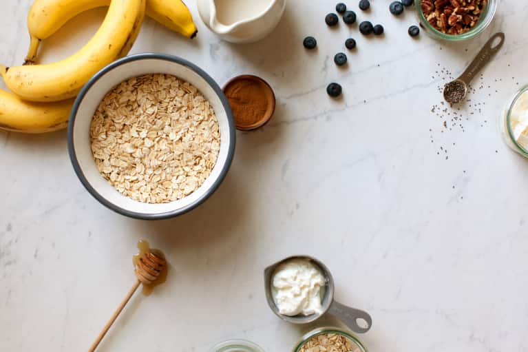 The One Good-For-Your-Gut Ingredient You Should Be Adding To Your Overnight Oats