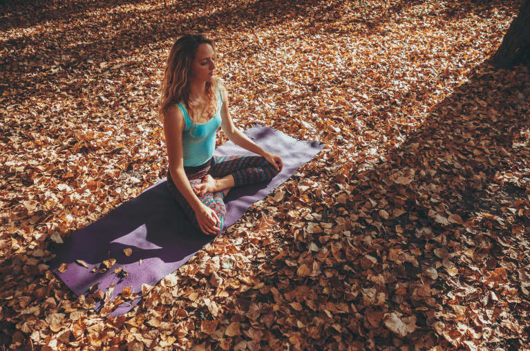 The Fall-Themed Yoga Tweak That Curbed My Cravings