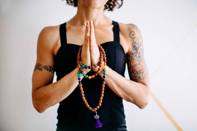 The 3 Crystals Every Yogi Should Have (And Exactly How To Use 'Em)