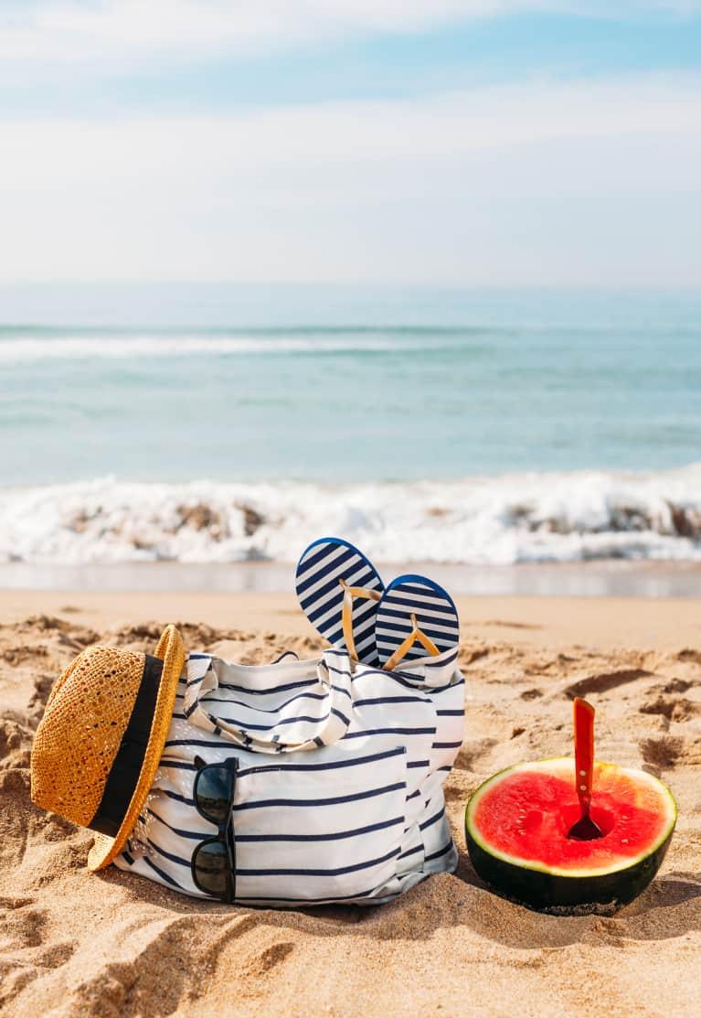 8 Ways To Detox Your Beach Bag