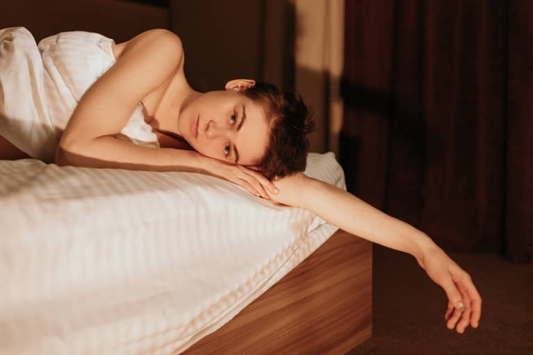 There's A Reason You Feel Creative In The Middle Of The Night, An Acupuncturist Explains