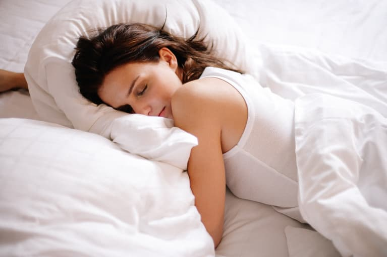 Want To Eat Better? New Study Closely Links Good Sleep & Nutrition