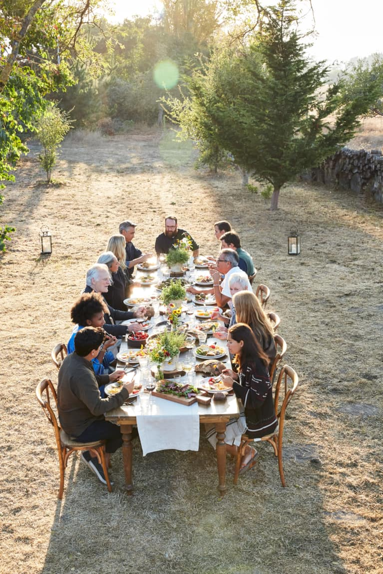 4 Sneaky Relaxation Techniques You Can Do Right At The Thanksgiving Dinner Table