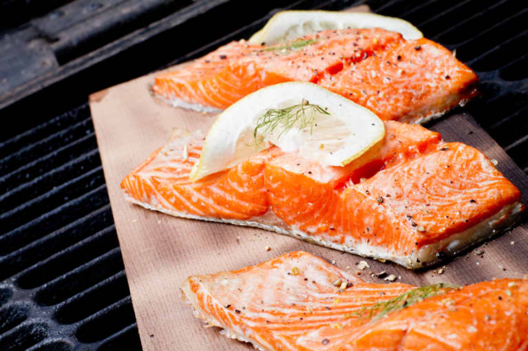 6 Foods Your Body Needs to Shed Fat: A Doctor Explains