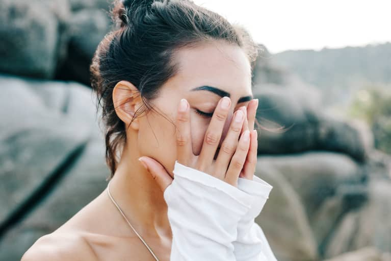 5 Mindsets That Might Be Holding You Back & How To Move On