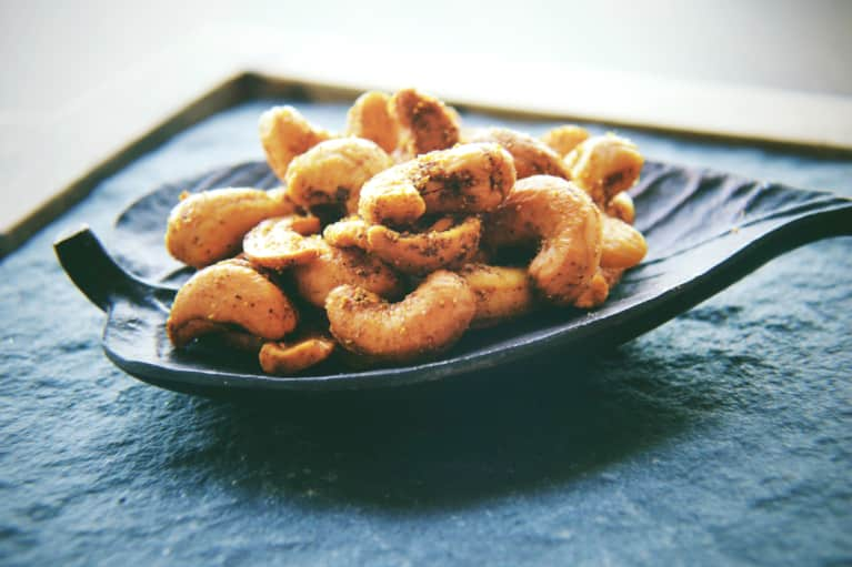 You'll Want To Put These Spiced Cashews On Everything
