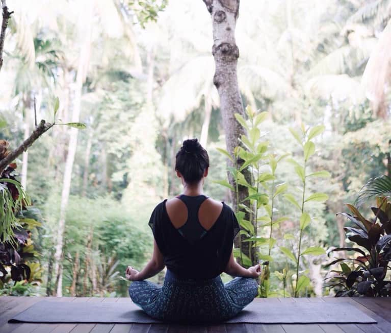 5 Ways Meditation Can Help You Release Stress & Potentially Balance Hormones