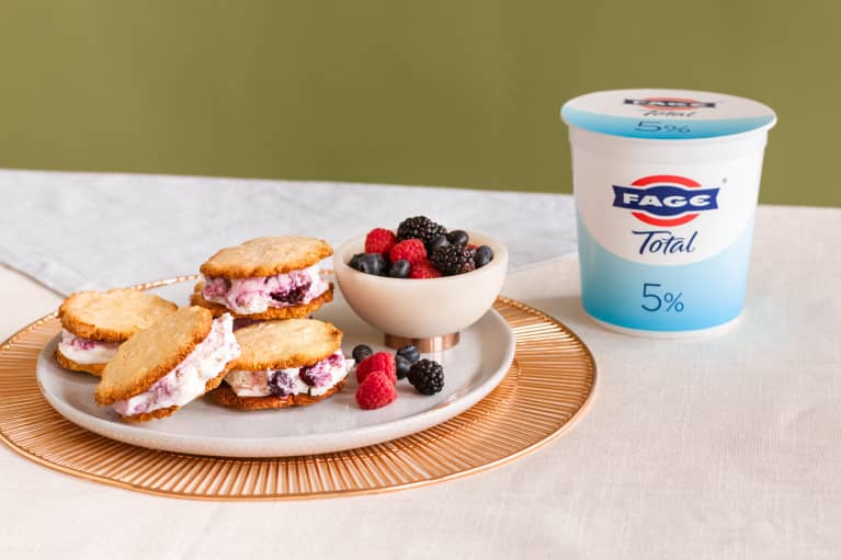 These Better-For-You Frozen Yogurt Sandwiches Are The Tastiest Way To Feel Like A Kid Again