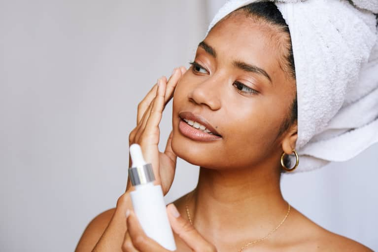 How To Build A Skin Care Routine: The Correct Order To Layer Products