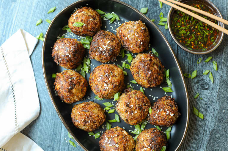 Plan For A Meatless Monday With These Plant-Based Meatballs