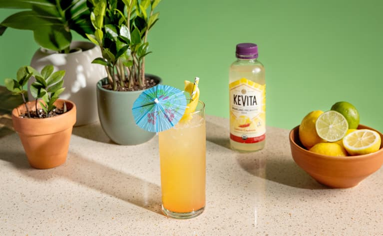 How To Make A Spicy, Sparkling Frozen Lemonade With Probiotics In One Step