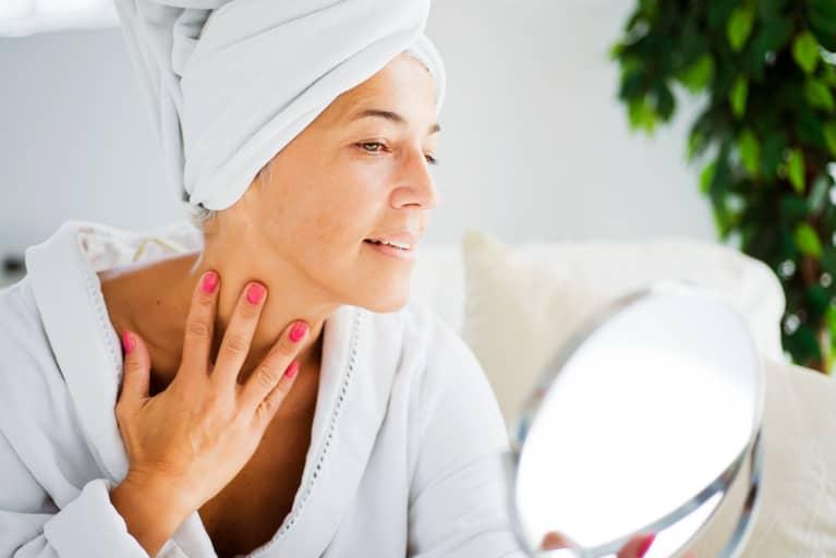 How to tighten neck skin