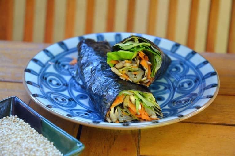 Perfect Weekday Lunch: Vegan Nori Rolls