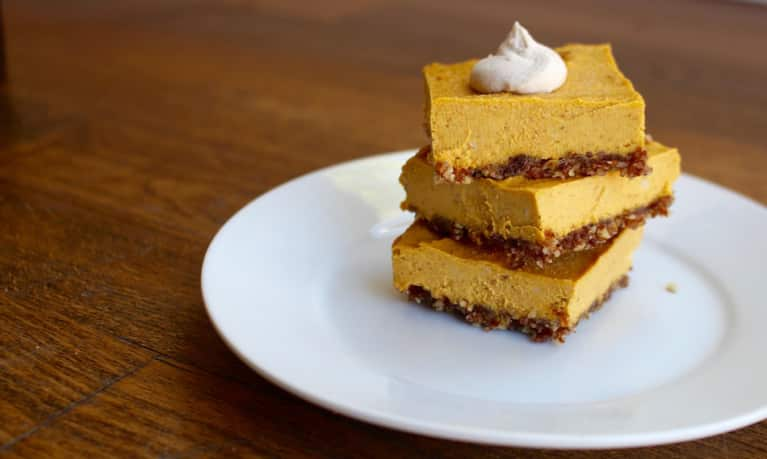 Pumpkin Pie Bars (No Baking Required!)
