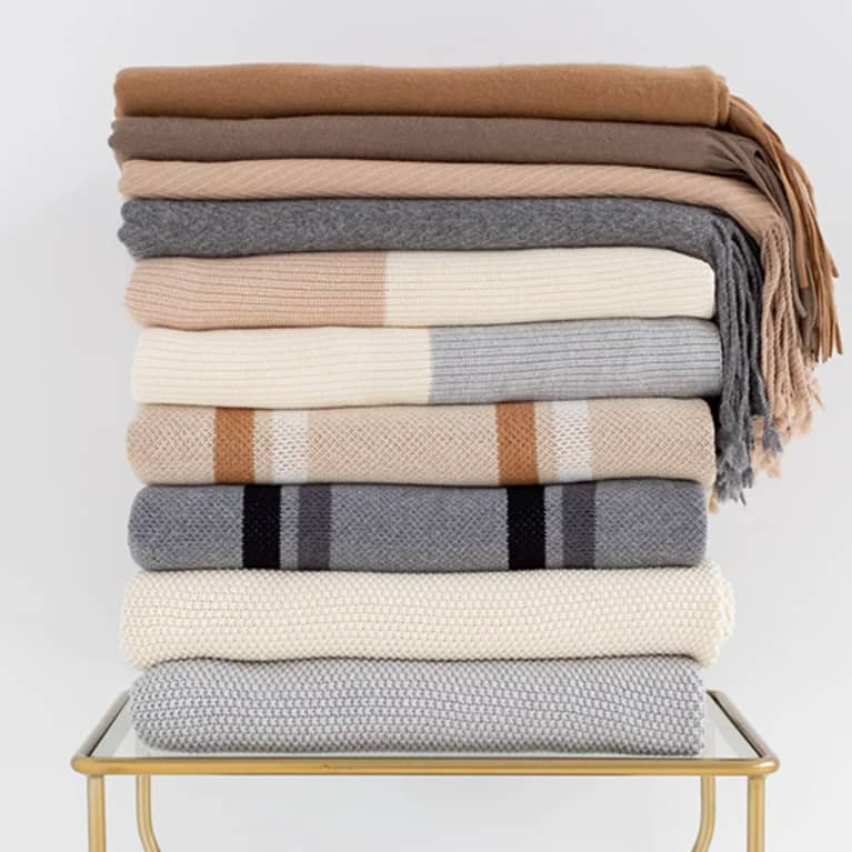 <p>Organic Throw Blanket</p>