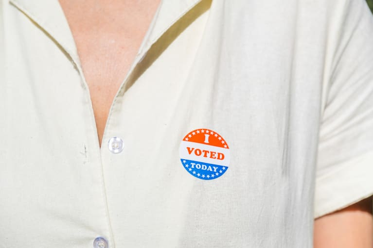 Long Voting Lines? Try These 7 Expert-Backed Tips For Your Body & Mind