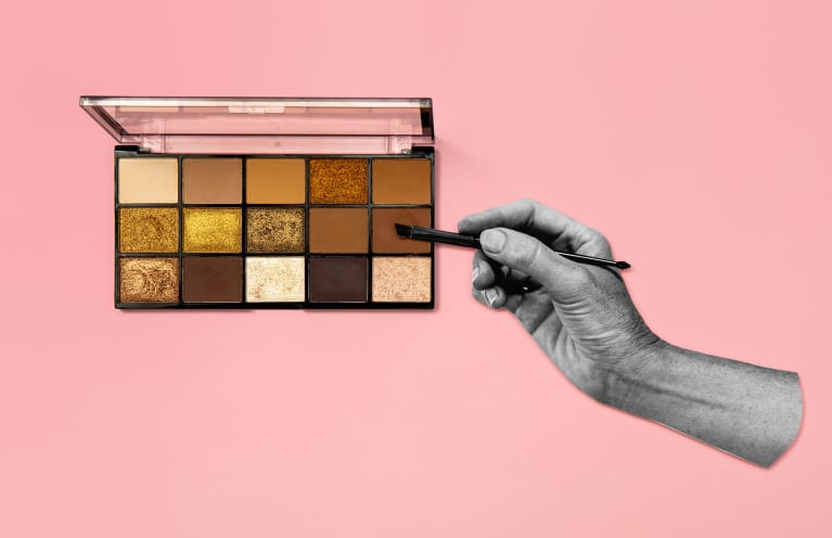 Eyeshadow Palette With Hand