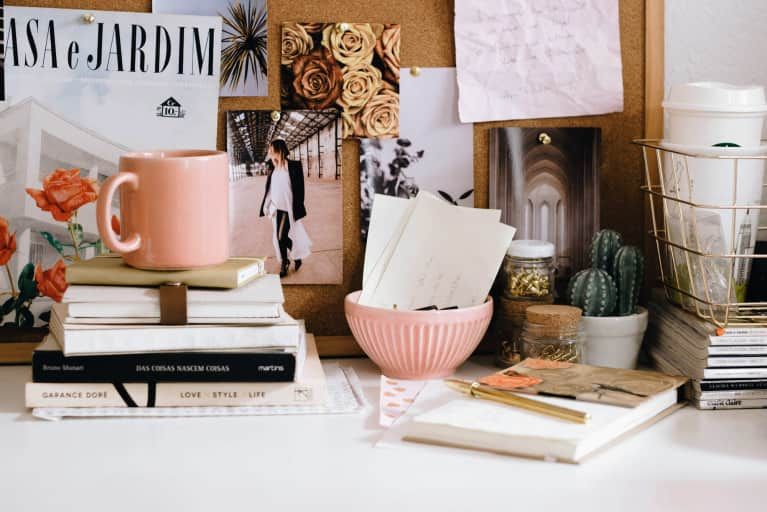 Are People Judging You For Your Messy Desk?