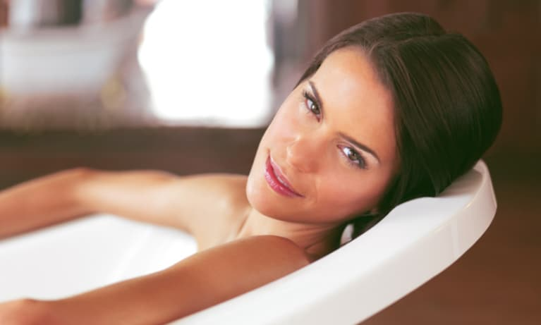 A Detox Bath For Glowing Skin & Mental Clarity