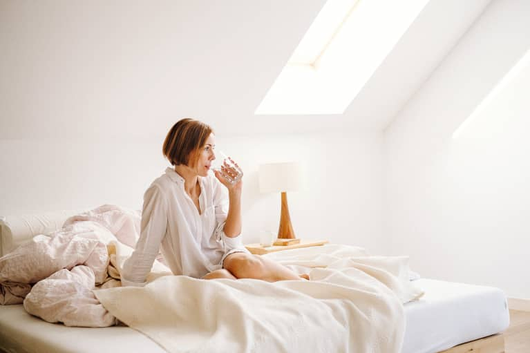 Exactly How To Reset Your Body Clock, According To An Acupuncturist