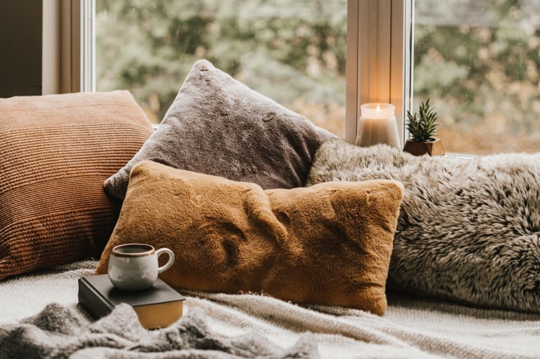 An Interior Designer's Favorite Ways To Make Your Home Cozy This Fall
