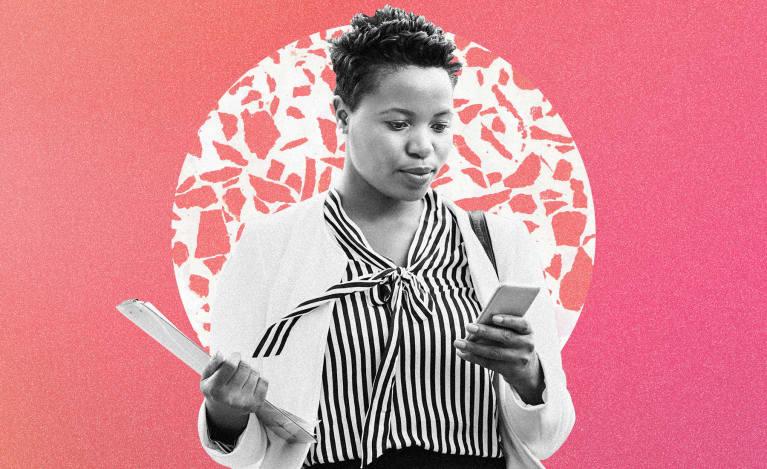 A Psychologist Explains 4 Texting Behaviors That Signal A Toxic Relationship