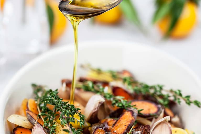 Is Vegetable Oil Healthy? What You Need To Know About This Common Cooking Oil