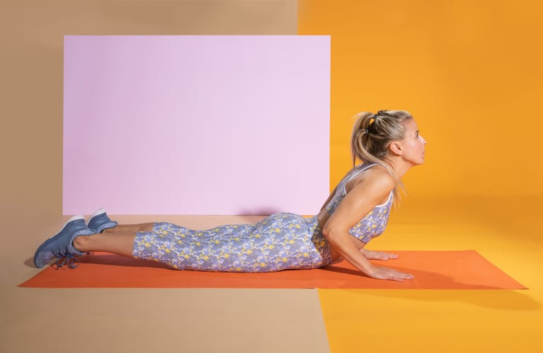 If Your Energy Drops In The Afternoon, You Need To Do This Stretch