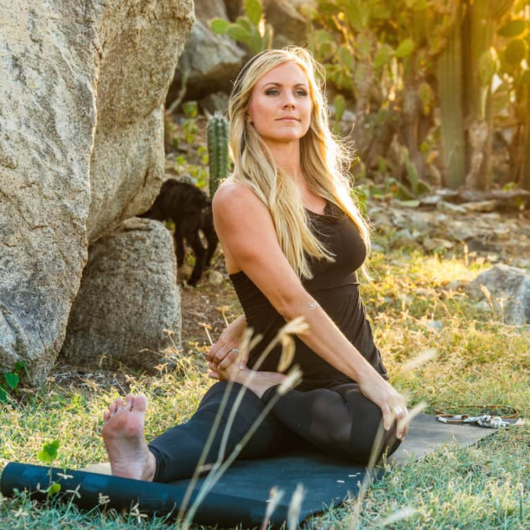 How I Meditate: Yoga Girl Rachel Brathen Shares
