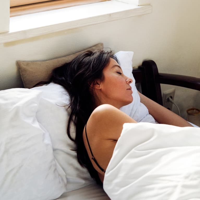 How I Changed My Sleep Routine And The Product That's The Key to My Success
