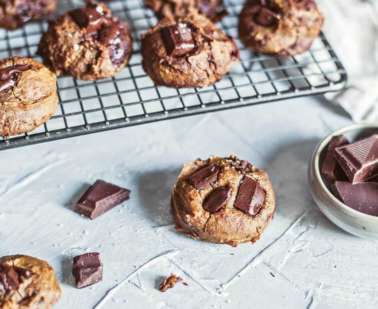 These 7-Ingredient Cookies Are Packed With Protein