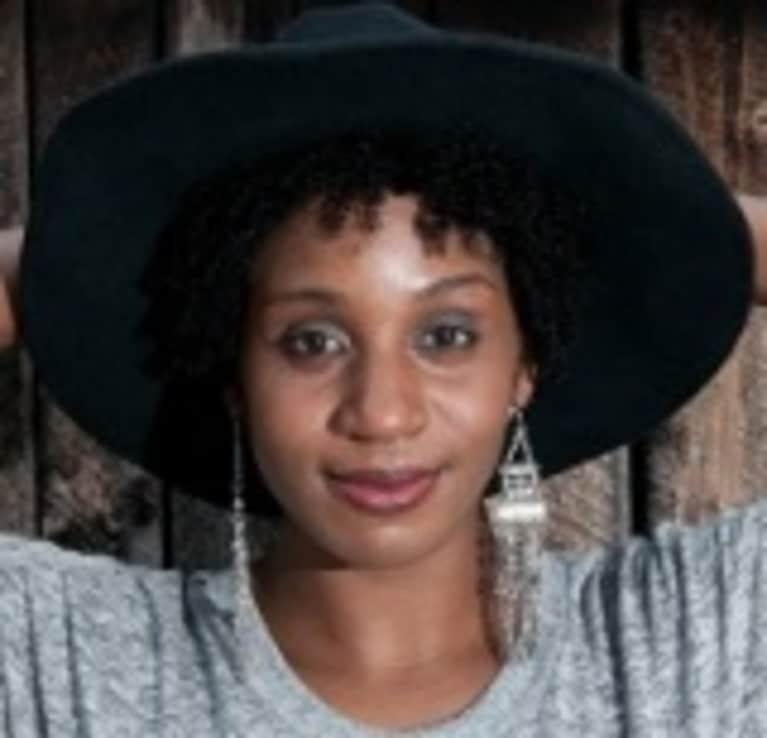 Cecili Simmons