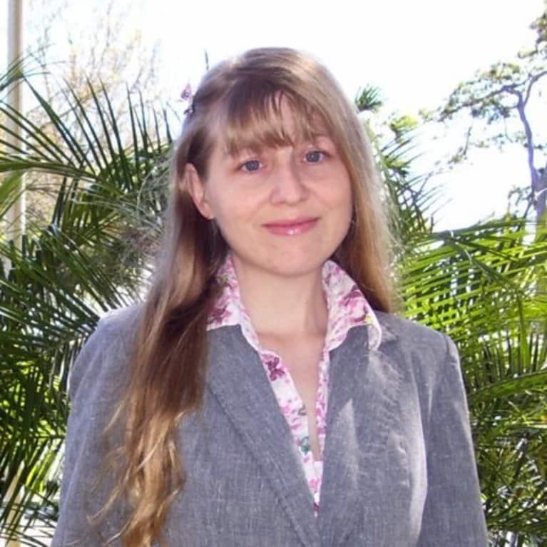 Julie Sondra Decker