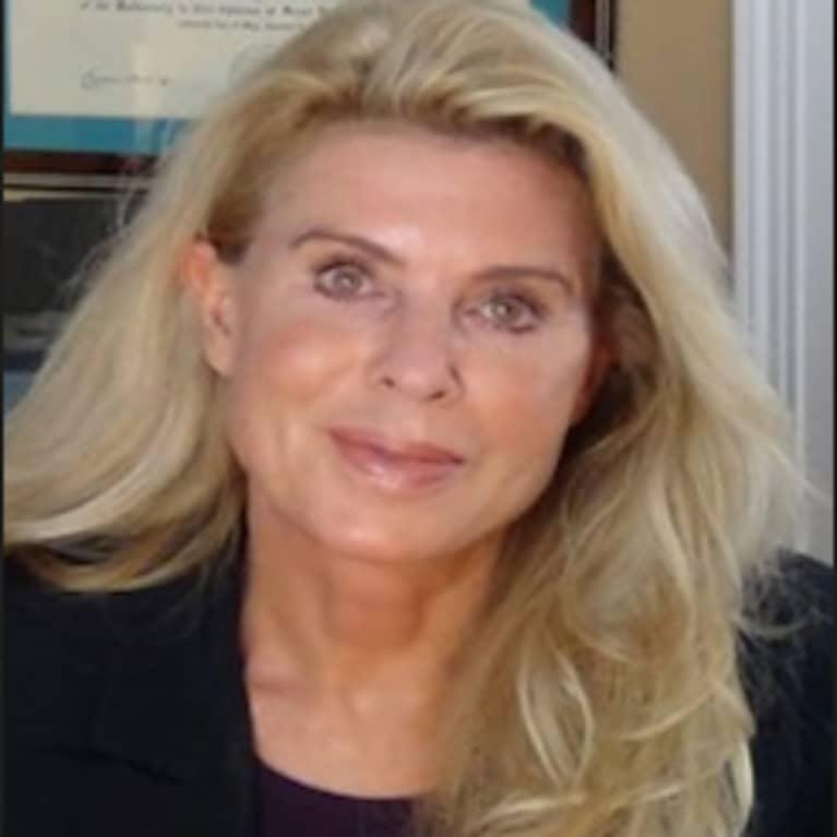 Kim Crawford, M.D., ABAARM