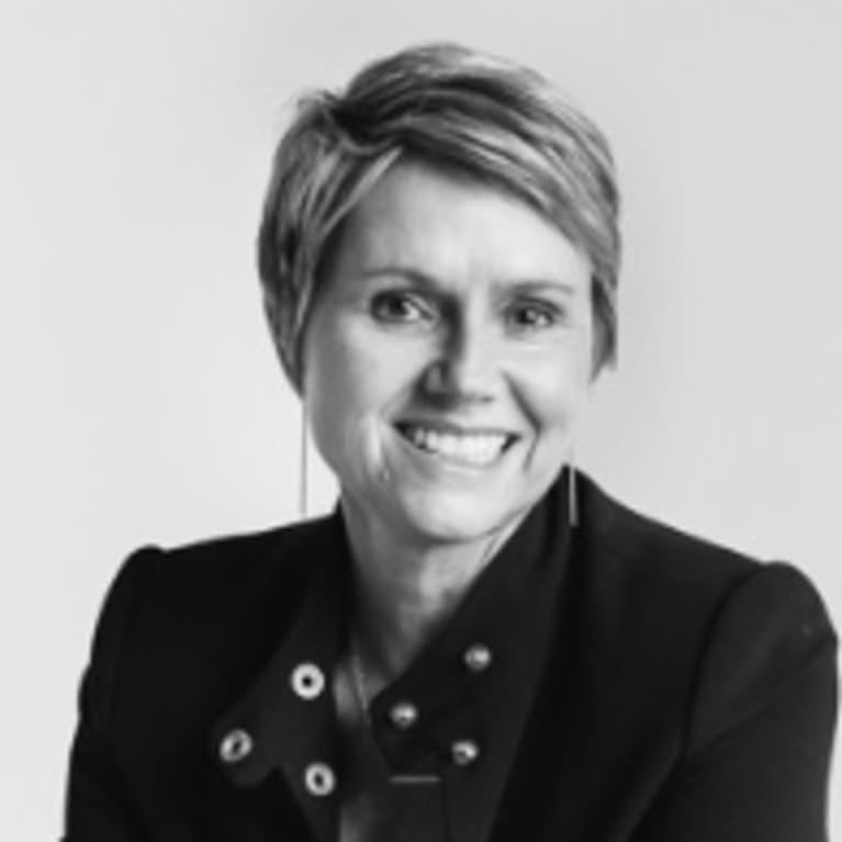 Kirsten Karchmer, LAc